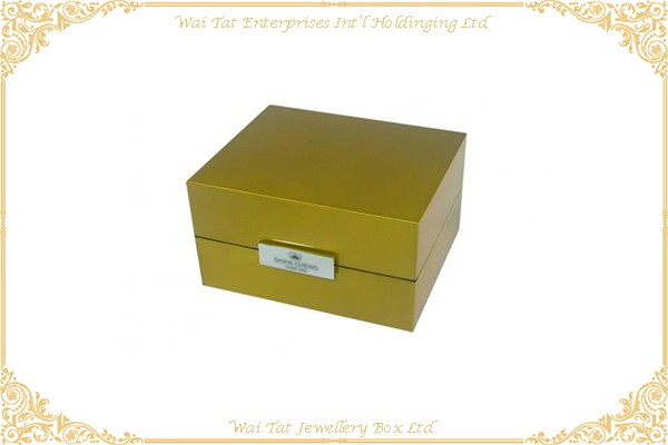 Wooden Watch Box With Gloss Lacquer