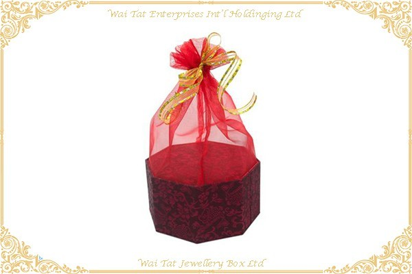 色丁布 (絹布) 包咭紙禮品盒