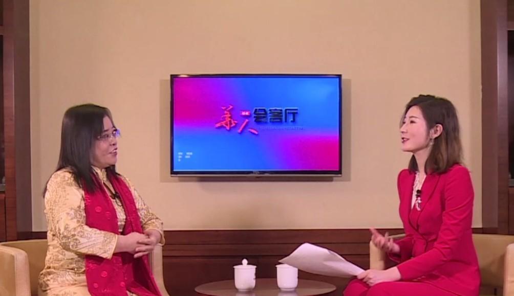 中央電視台(華人楷模會客廳)訪談節目