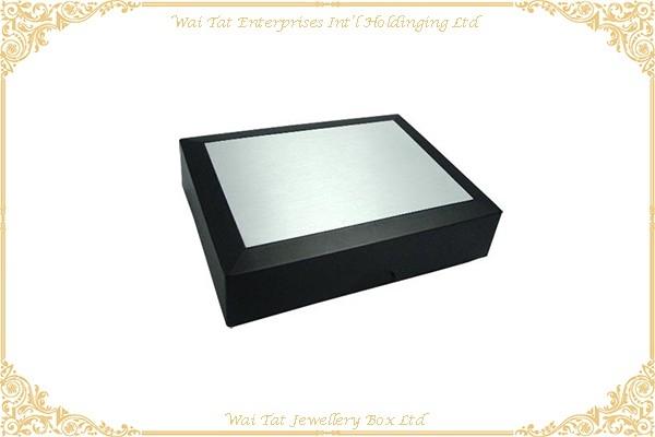 充皮紙塑膠禮品盒