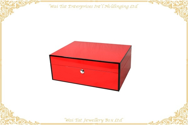 Wooden Jewellery Box with Gloss Lacquer