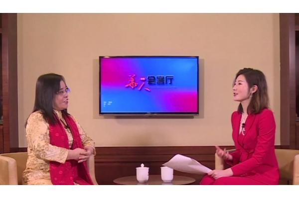 Aster Chung at China CCTV interview program